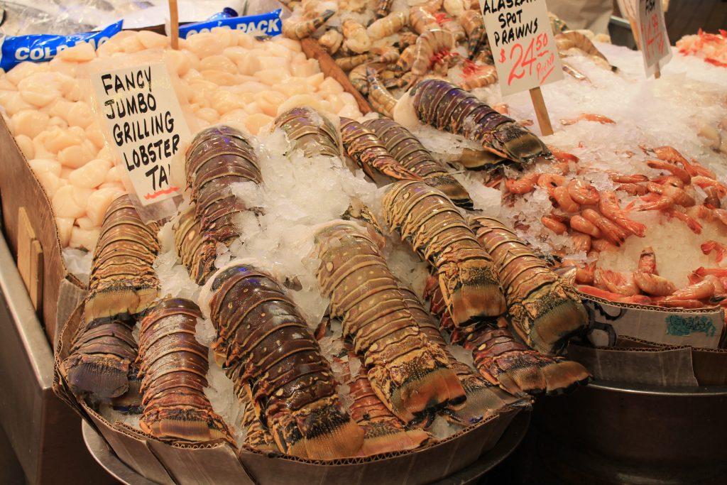 Roteiro de turismo no pike place market em seattle mila for Pure food fish market